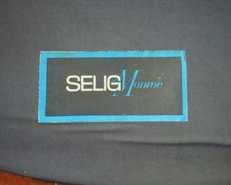 Selig Label