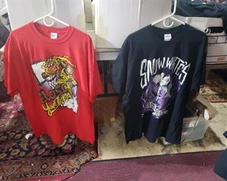 caps, underground- death metal- punk band concert and store new stock t-shirts,