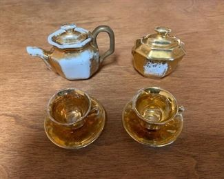 $20 English antique lusterware doll tea set