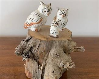 $125 Vintage unsigned Acoma (?) owls on stump, largest owl 1 1/2'', unsigned