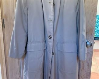 $40 Womens Size 10 Lined Trenchcoat, Like New, ca 1970