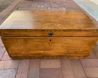 $250 Large antique rustic trunk 32 1/4'' long, 16 3/4'' deep, 14 5/8'' high, good vintage condition