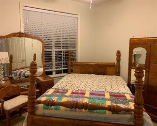 $375- OBO  - Antique Full size waterfall bed