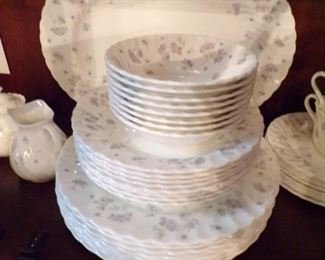Wedgewood, service for 8,