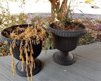 two flowerpots