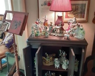 figurines and music stand
