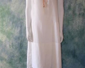 Vintage 1920s white cotton Robe de style dress or underdress with silk ribbon and scalloped hemline
