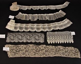 Very fine antique handmade or machine laces (we have multiple similar lots)