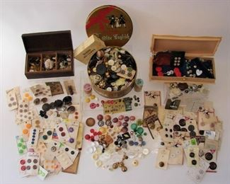 ENORMEOUS antique button lot... don't pass this up if you love antique and vintage buttons