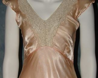 1930s bias cut lavender gown or lingerie with lace