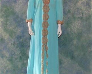 Emilio Pucci vintage nightgown and peignoir set in turquiose