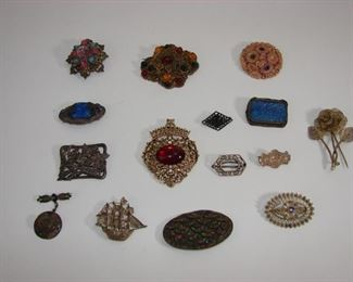 Lovely antique brooches, vintage costume jewelry