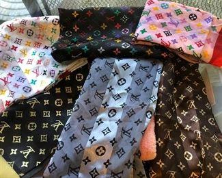 Original & faux Louis Vuitton scarves