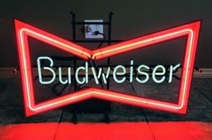 """Budweiser Beer Neon Sign. Looks to be in great working condition! Measures 19"""" x 30""""."""
