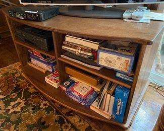 """Lot 27: $45-Oak TV stand 40""""W x 22""""D x 22""""H (contents not included)"""