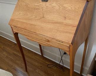"""Lot 11: $145- Small secretary desk28""""W x 39""""H x 14-1.2"""" D"""