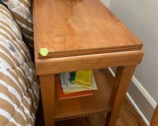 Lot 14: $150- Pair of nightstands