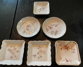 Lot 77: $15- Lot of 6 small dishes butter pats