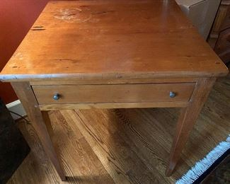 "Lot 5: $125- One drawer table. 27-1/2""H x 23-1/2""W x 22-1/4""D. Some damage to finish on top"