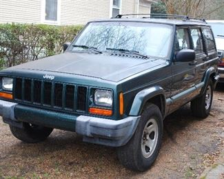 2000 Jeep Cherokee 2WD w/ 162,928 miles - 4.0L IL-6  190HP @ 4600 RPM - VIN: 1J4FT48S7YL261113 - Automatic Transmission w/ Overdrive - 16 MPG City / 22 MPG Highway - Clear Title. Buy it and drive it home!