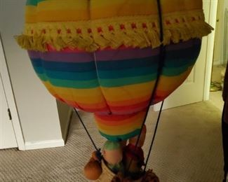 Adorable stuffed animal air baloon