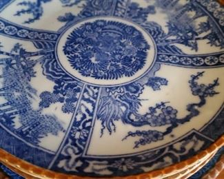 Vintage chinese blue white plates