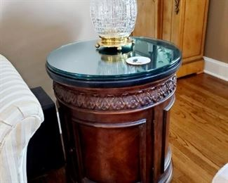 Beautiful end table with storage