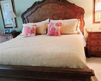 Beautiful kingsize bed