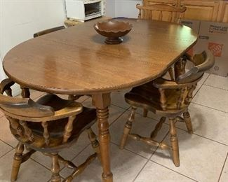 Solid wood table with 6 chairs and leaf