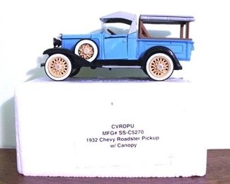 98 - 1932 Chevy Roadster Pickup w/ Canopy Model