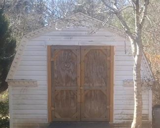 Large 12 x 16 shed in great condition