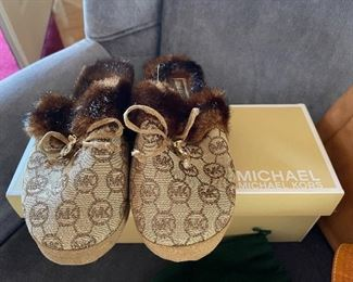 Brand new Michael Kors slippers, size 6
