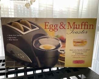 Brand new Egg and muffin toaster