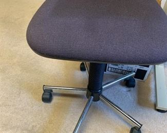 #35Rolling Seat (no back) adjustable seat $20.00