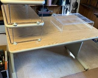 #36Metal Computer Desk w/pull-out  47x29x29 $75.00