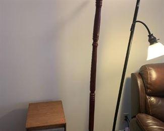 #108      6 Hanger Hat Rack $30.00