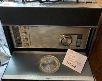 #176Zenith Vintage Tand-Oceanic Shortwave Radio $125.00