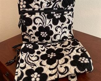 $20 ~ VERA BRADLEY BLACK AND WHITE TRAVEL FOLD UP POUCH , COSMETIC MAKEUP BAG