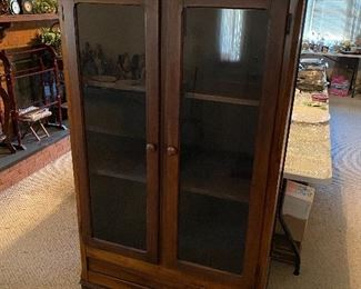 Old China/Display Cabinet