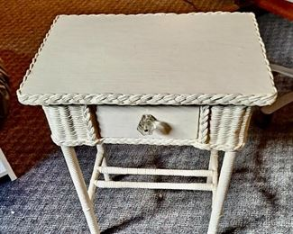 Vintage White Wicker Side Table with Drawer and Glass Knob