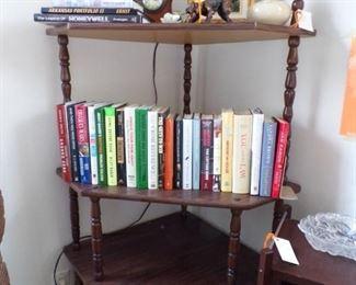 corner what not shelf