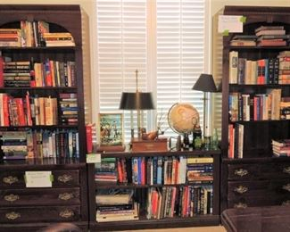 Vintage Ethan Allen Library / office furniture.  Hard cover and coffee table books.  Traditional style lamps and table top globe