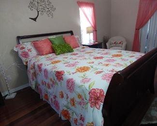 Queen Bed Set (Mattress/Box spring/ head & foot board