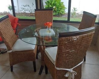 Beautiful Patio with 4 Wicker Chairs