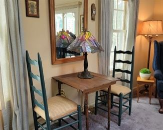 chairs:42 x 17 x 15, table:26 x 24 x 24