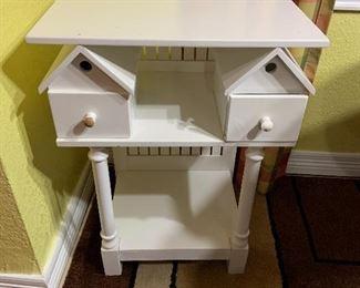 birdhouse table