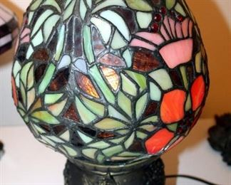 """Egg Shaped Leaded Glass Style Lamp 15"""" Tall, And Leaded Glass Lamp With Metal Base 14.5"""" Tall"""