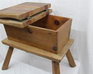 Dough Box with hinged Lid