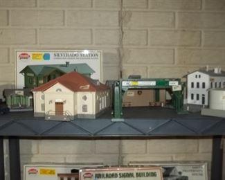 train collection  accessories