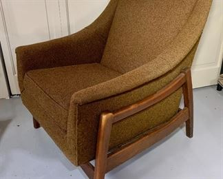 Paoli Rocking Chair